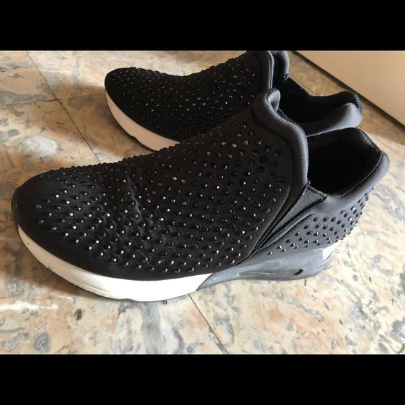 Gunmetal Shoes | Gumetal Lupo Sneaker